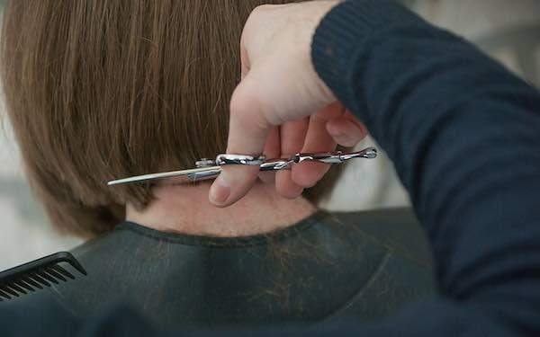 """""""Per i parrucchieri cali di fatturato del 45%. Centri estetici al collasso"""""""