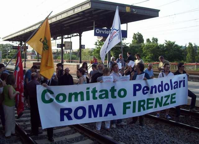 I pendolari incontrano l'assessore regionale Giuseppe Chianella
