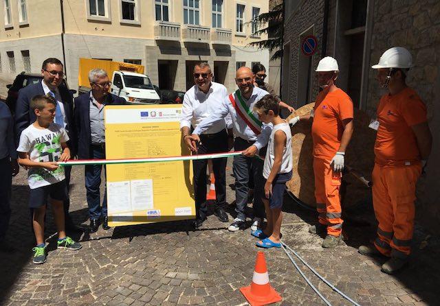 """Interrati i primi cavi della fibra ottica in Valnestore. """"Umbria protagonista di una grande innovazione"""""""