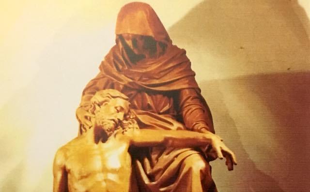 """""""Mani & Piedi per la Terra Santa"""". Apposizione del Cristo Compianto nella Cripta del Duomo"""