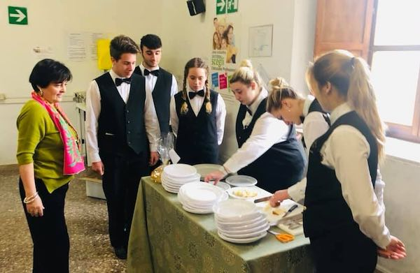 Al Palazzo dei Sette, premiazione e degustazione delle Pizze di Pasqua
