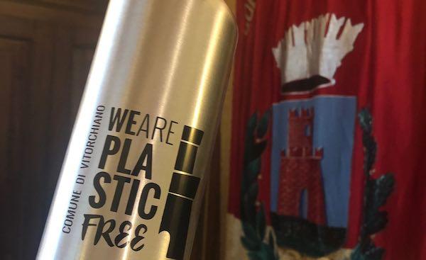 """Il Comune incentiva le buone pratiche. In arrivo le nuove borracce """"Plastic Free"""""""