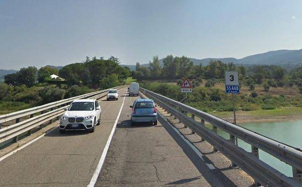 Stop a mezzi pesanti sulle strade provinciali intorno al Ponte sul Lago di Corbara