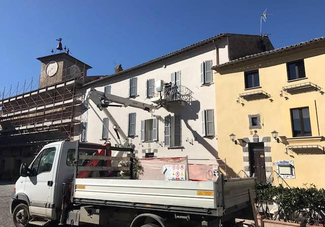 Italia Nostra solleva il caso sul rifacimento delle facciate in piazza Duomo