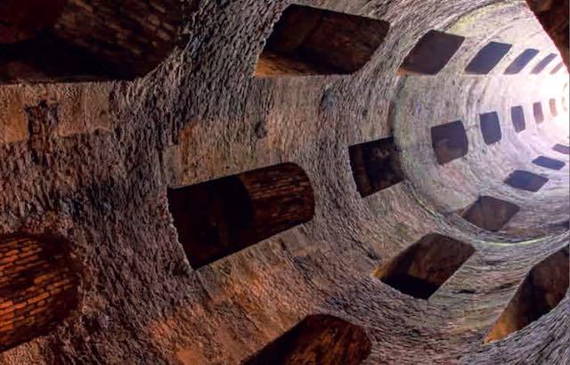 Pozzo di San Patrizio: l'Axis Mundi