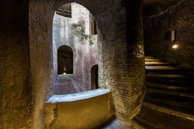 """Tour guidati a """"Orvieto Sotto...Sopra"""". Dall'alto della Torre, dal fondo del Pozzo"""