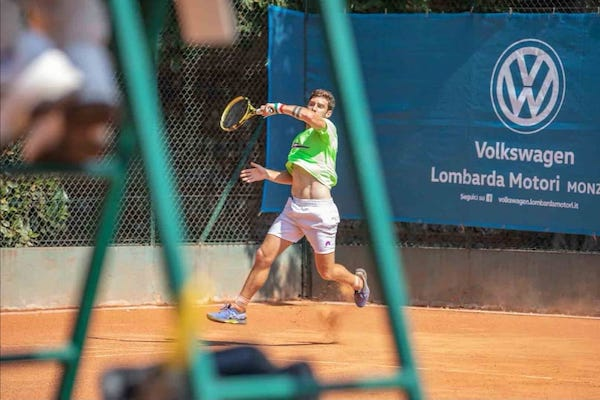 Torneo Open, il giovane tennista Raffaele Censini raggiunge l'atto finale