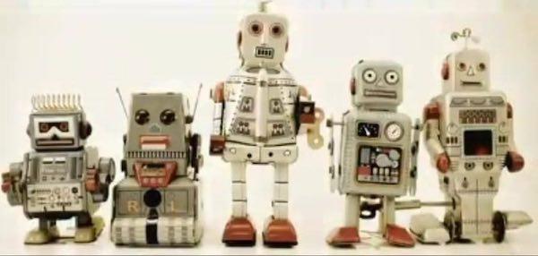 """Nasce """"Future Tea Room"""". I robot protagonisti della community dell'innovazione"""