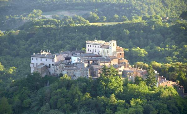 """Come nobili condottieri, tra i Castelli della Teverina e """"Il Paese delle Fiabe"""""""