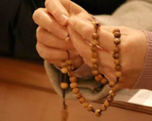 Cala la partecipazione religiosa, Umbria decima regione che non frequenta luoghi di culto