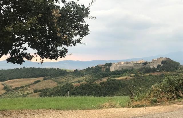 """Scarpinata a Monte Rufeno, """"Il Pulpito del Diavolo"""" apre la 34esima edizione"""