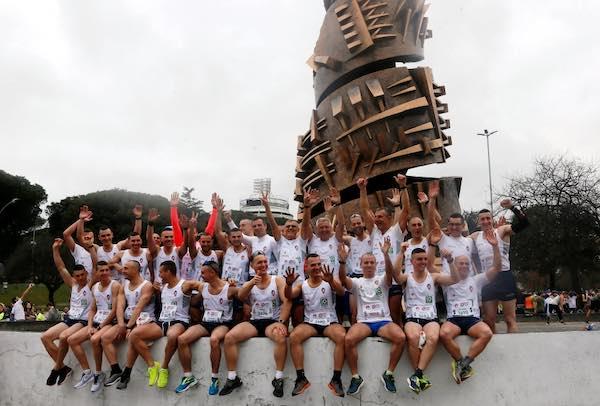 Trenta runners della Scuola Sottufficiali alla Mezza Maratona Roma-Ostia