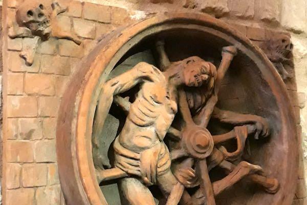 Ai tempi delle torture, a San Gimignano per ricordare e riflettere