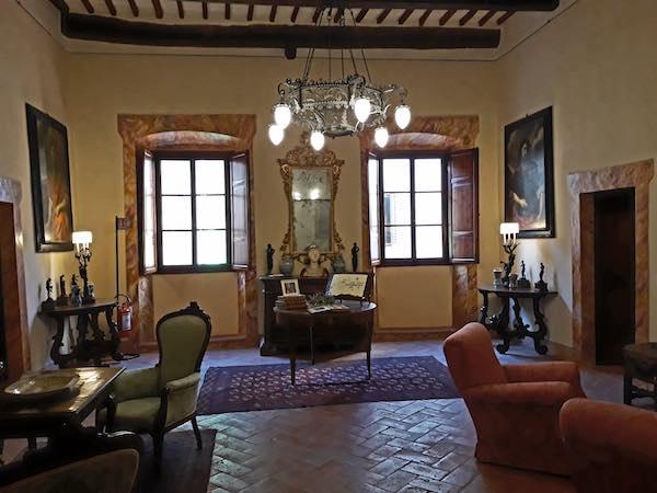 San Gimignano e le sue torri, il FAI presenta mille anni di storia in una casa di famiglia