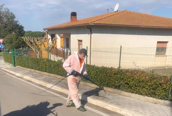 Covid-19. In corso le operazioni di sanificazione stradale