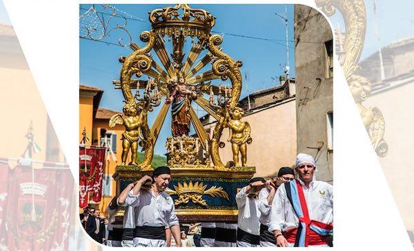 Una processione alternativa e social per celebrare Santa Corona