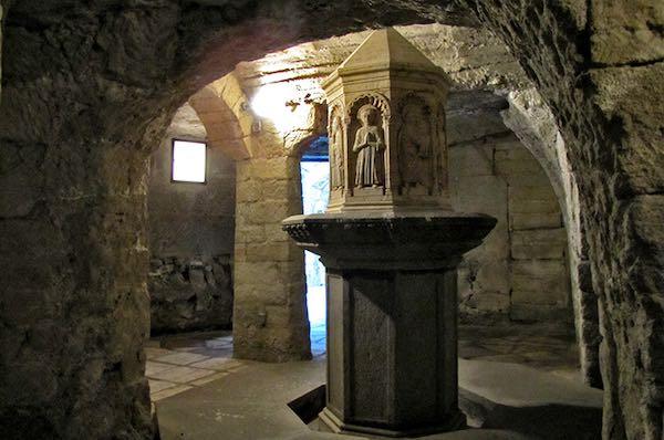 """""""Incontriamo il linguaggio dell'arte: visita guidata nella Chiesa di S.Maria Nuova"""""""