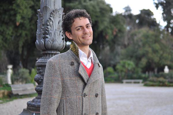 """Giuseppe Scarlato presenta il libro """"Animals. Creature di Dio"""""""