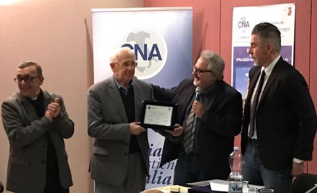 Pialletto d'Oro a Luca Stella, premiati Attilio Scarponi e Associazione Andromeda