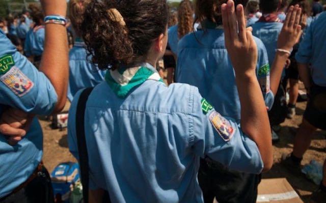 Trentacinque giovanissimi scout all'Etruria Dragon