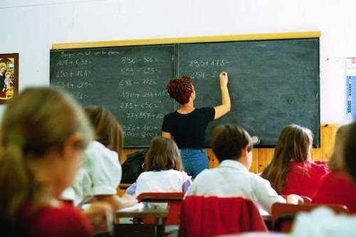 Addio alla quarta elementare, la minoranza attacca il Sindaco