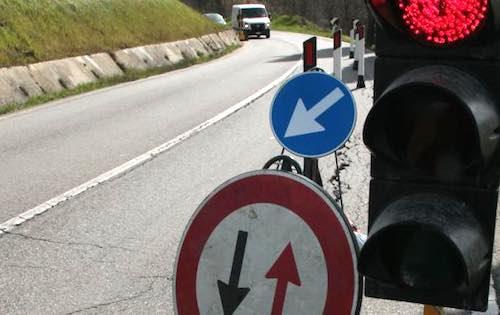 Indagini al ponte, senso unico alternato sull'Umbro-Casentinese