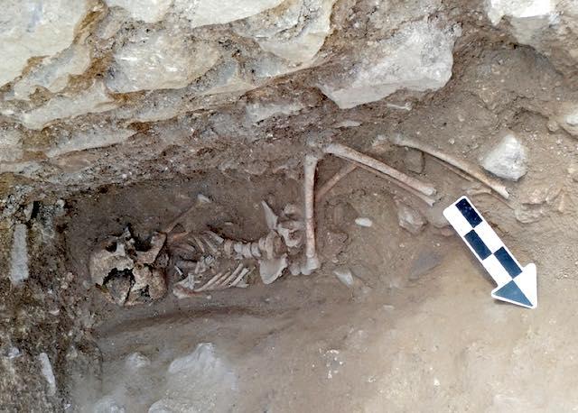 Rinvenuta misteriosa sepoltura nel sito archeologico di Poggio Gramignano