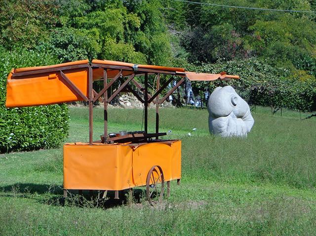 """""""A Quantum Experience"""". Silvia Piconi espone nel giardino di sculture """"La Serpara"""""""