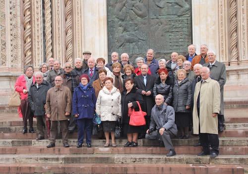 La classe 1944 festeggia 70 anni insieme al vescovo Benedetto Tuzia