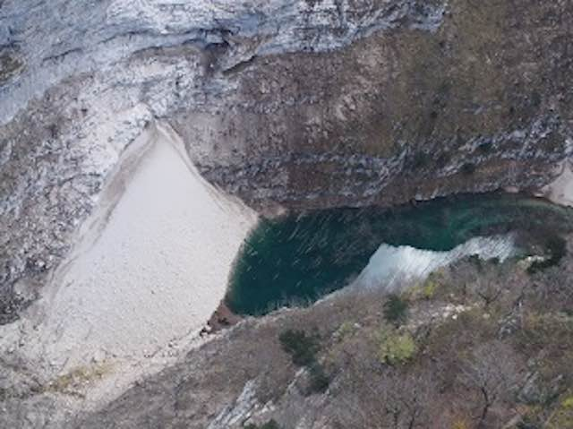 Parco Nazionale dei Monti Sibillini: rischi lungo i sentieri dopo il sisma, ma non in tutti