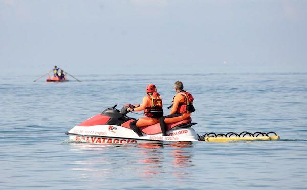 Sicurezza del litorale, attivato il soccorso acquatico dei Vigili del Fuoco