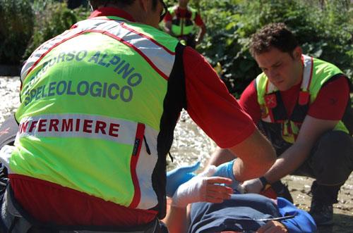Escursionista cade in una forra, portato in salvo dal Soccorso alpino
