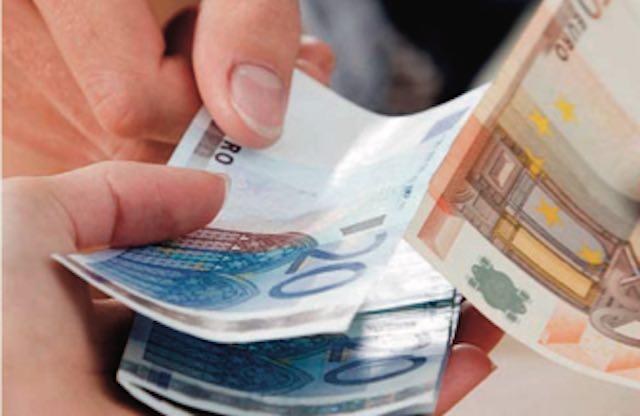 Sì del Consiglio Regionale alla riduzione dei vitalizi, risparmi per 900.000 euro