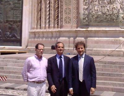 Il Sottosegretario per i Beni Culturali On. Giro in visita a Orvieto. Plauso all'ottimo lavoro svolto per la reinstallazione della Maestà