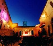"""Rassegna teatrale Premio Stella d'Oro. Lunedì 19 luglio """"L'attesa"""". In scena il Teatro dell'Accadente di Forte dei Marmi"""