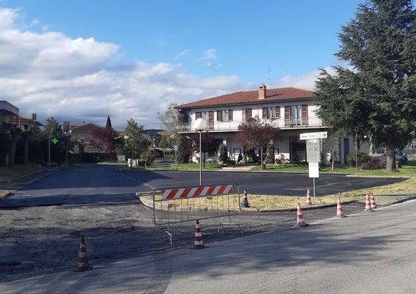 Manutenzione strade e spazi comunali, lavori in corso a Santa Maria e San Lorenzo