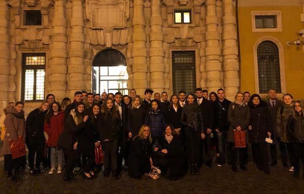 """Studenti del """"Cardarelli"""" in visita al Senato per il progetto """"LegalMente"""""""