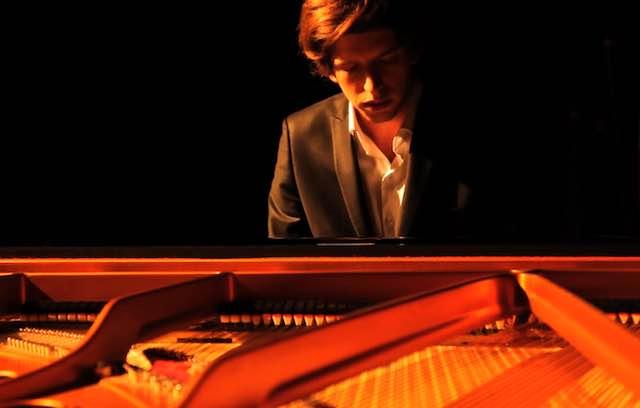 Sotto le stelle di San Lorenzo, il pianoforte di Francesco Taskayali