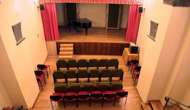 """""""I Colori della Poesia"""". Recital al Piccolo Teatro Cavour"""