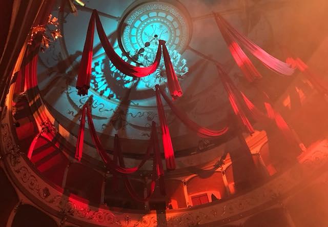 Gran Galà e Ballo in Maschera, che spettacolo di Carnevale al Boni