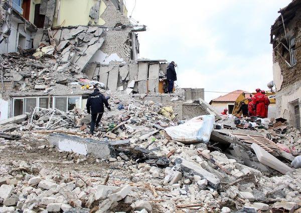 Sisma in Albania, in partenza altri esperti. Nel team anche l'ingegnere Francesco Longhi