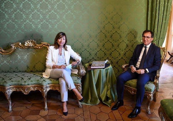 Tesei riceve a Palazzo Donini il ministro per gli affari regionali Francesco Boccia