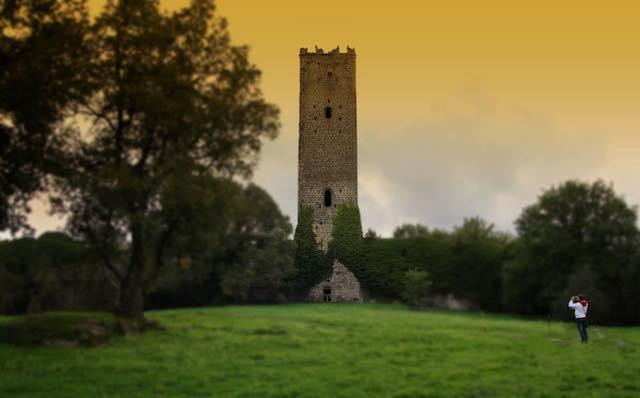 """Dopo due anni riapre la Torre di Chia. """"L'Anno dell'India"""" omaggia Pier Paolo Pasolini"""