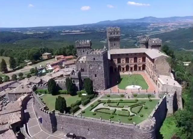 Bosco del Sasseto e Giardino Storico del Castello di Torre Alfina, concluso l'esproprio