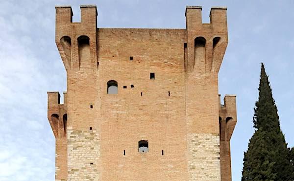 """""""L'Infinito"""" compie 200 anni. Giornata della Poesia alla Torre del Cassero"""