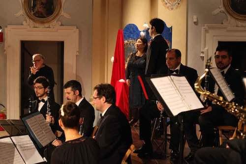 """Pioggia d'applausi all'auditorium Taborra per """"La Traviata"""""""
