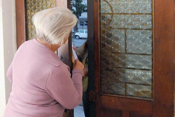 """Truffe agli anziani, l'Anps incontra i soci del Centro Polivalente """"Carramusa"""""""