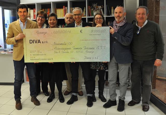 """""""Diva"""" dona 9.000 euro all'Associazione Tumori Toscana"""