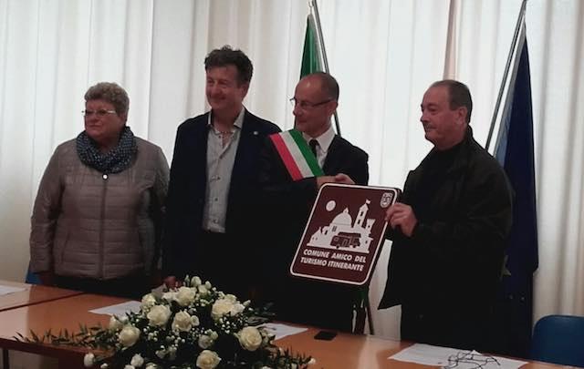 """A Lubriano, il riconoscimento di """"Comune amico del turismo itinerante"""""""