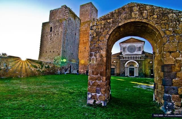 """Tuscania città d'arte e di cultura. Nuove scoperte e acquisizioni"""